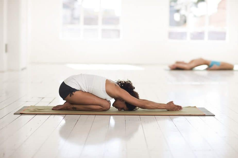 YOGA NIDRA FOR BETTER SLEEP -YogaDownload Course Review - Lucid Dream Society